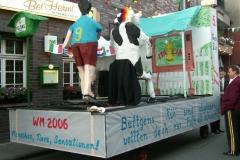 2006 - Büttgen's Kühe ausgebüchst zum Fussball schauen